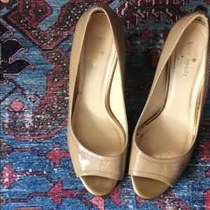Kate spade nude patent wedges